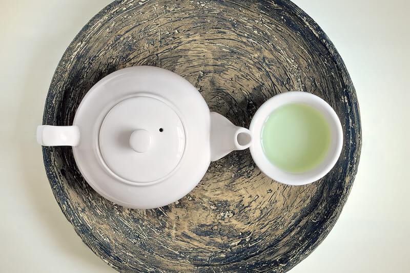 【カテキンは痩せる!?】あなどれないトクホの緑茶ダイエットの効果とその飲み方!