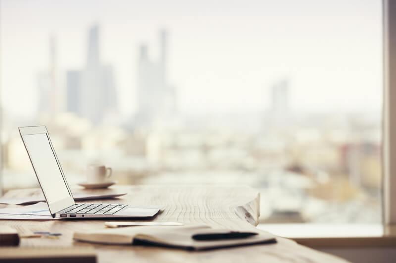 【職場に加湿器がない!】乾燥するオフィスを簡単&オシャレに加湿する方法をご紹介!