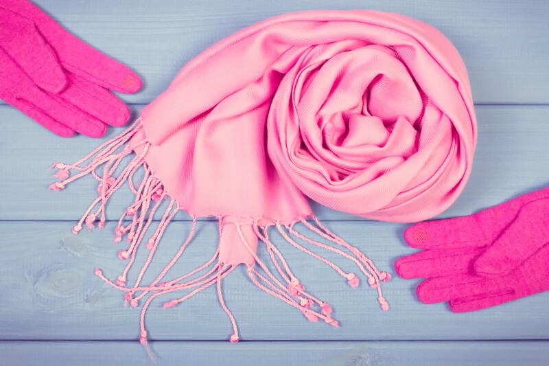 【2017冬コーデ】大人女性のおしゃれ度をUPさせる新作小物アイテム(マフラー・ニット帽・手袋)紹介!!