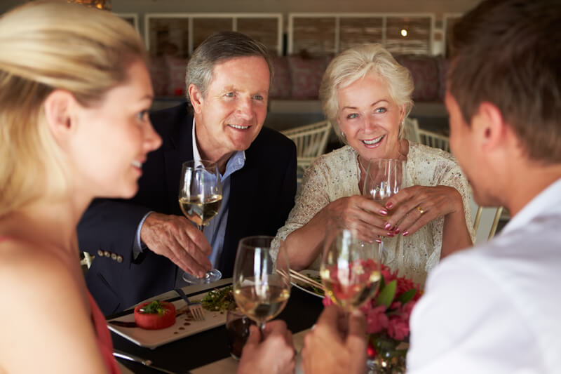【彼の親と食事】失敗したくない!美しい食事のマナーで好印象を与えよう!