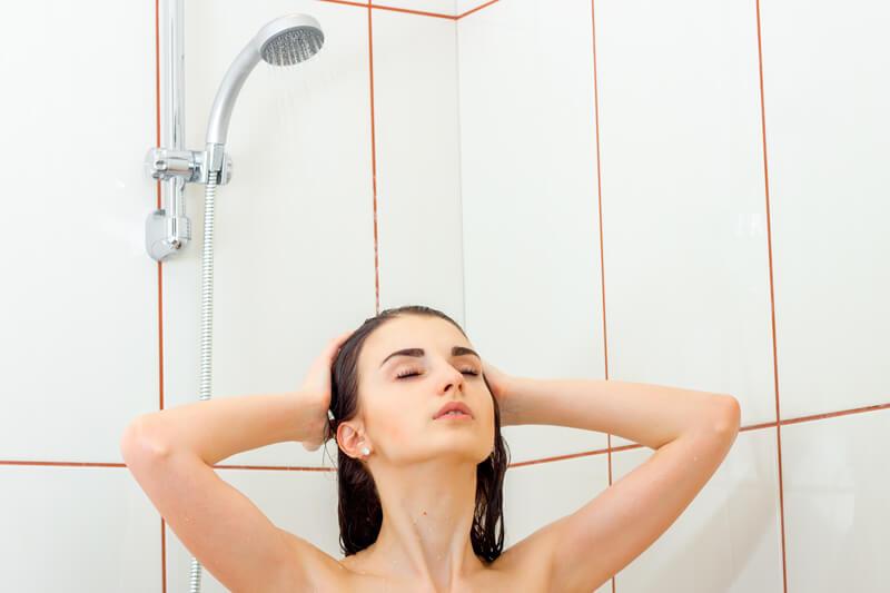 シャワーの朝と夜?!美肌のためにはどっちが効果的?