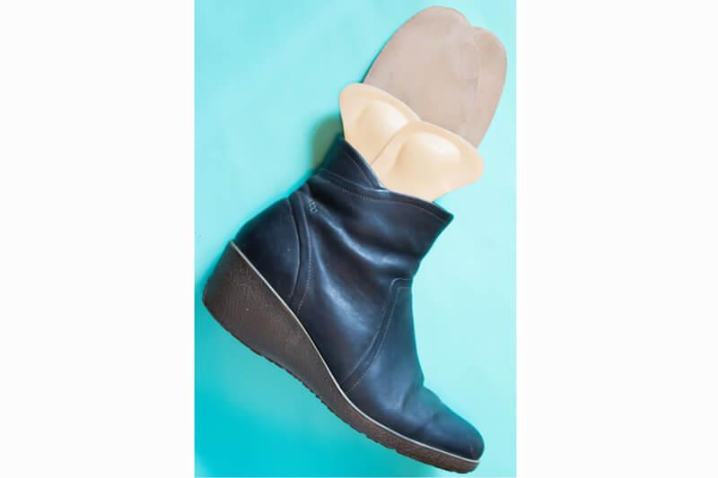 【2017最新の消臭ケアグッズ】臭わせたくない!ブーツが蒸れない方法と匂わせないためのコツ