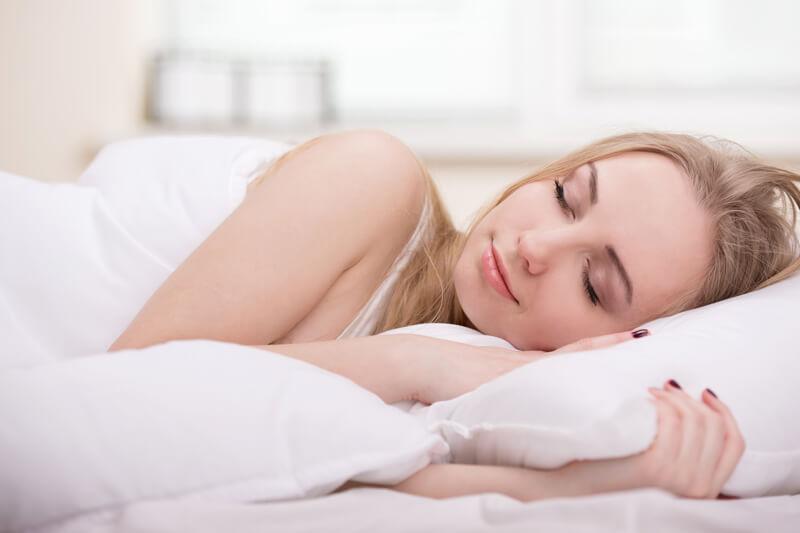 【不眠症改善】薬を使わない方法で快眠へ!(快眠グッズ・快眠音楽の紹介)