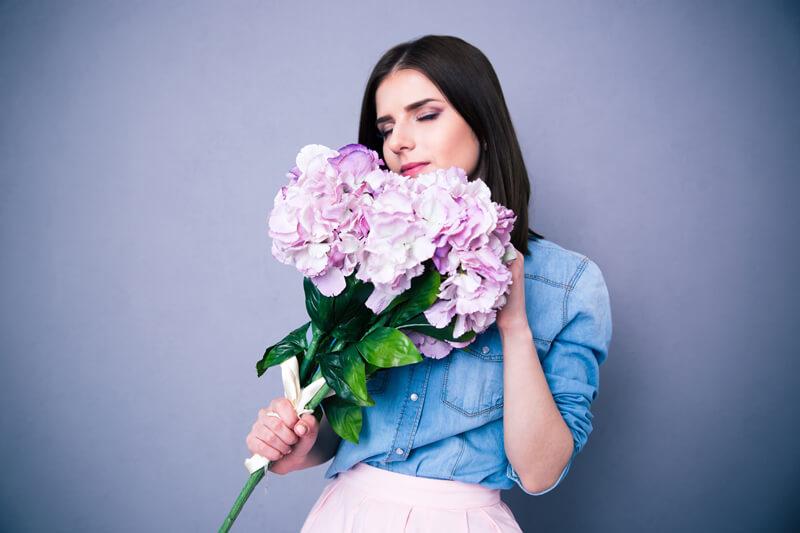 【2018】花を贈る時のマナー 季節ごとのおすすめの花や花言葉を紹介