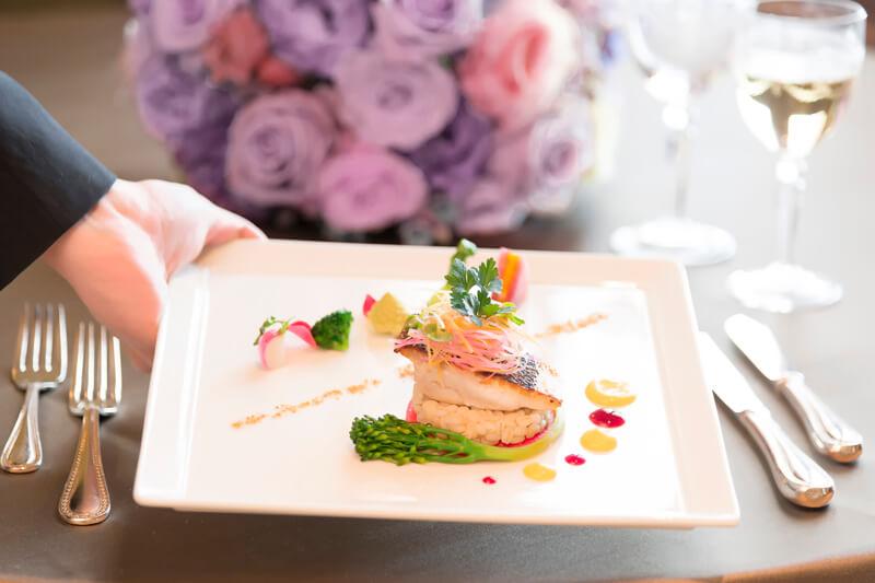 【2018】マナー講師直伝!結婚式の上品なテーブルマナー