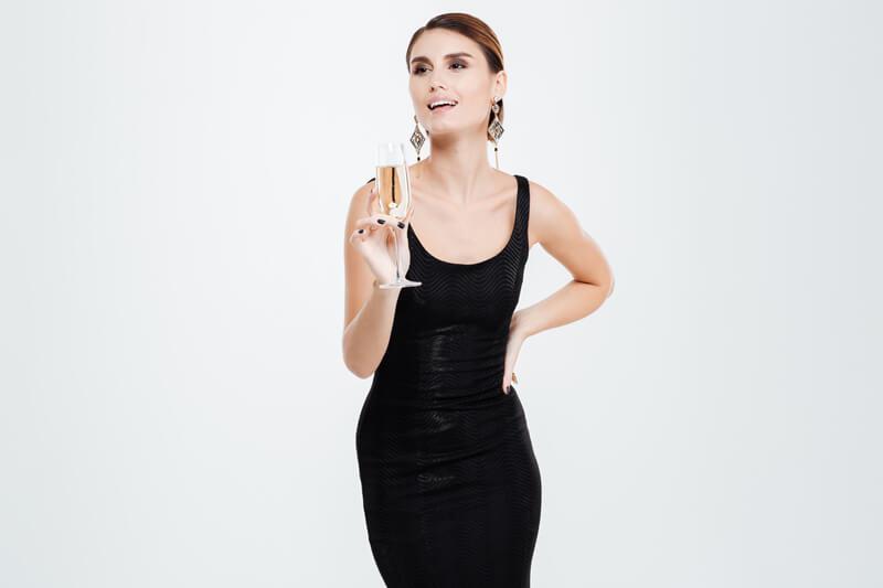 【2018】30代大人のお呼ばれドレスを紹介