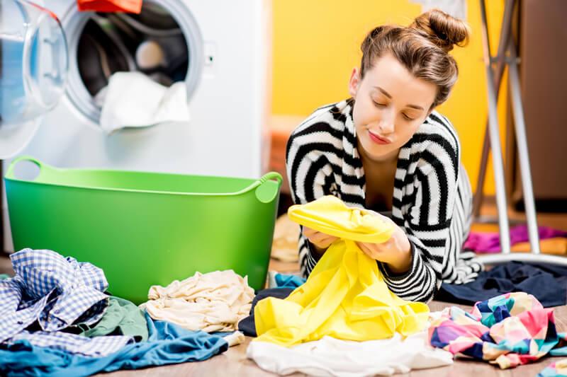 2018【服の匂いを消す】衣類に染み付いた匂いを消す方法10選