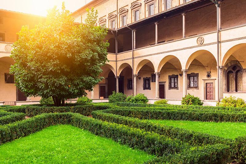 ラウレンツィアーナ図書館
