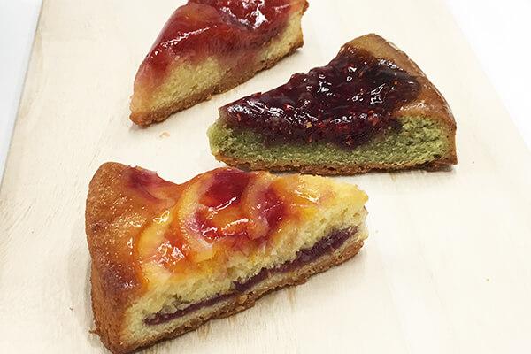 『苺のお店 メゾン・ド・フルージュ』の苺とベリーの3種のタルト