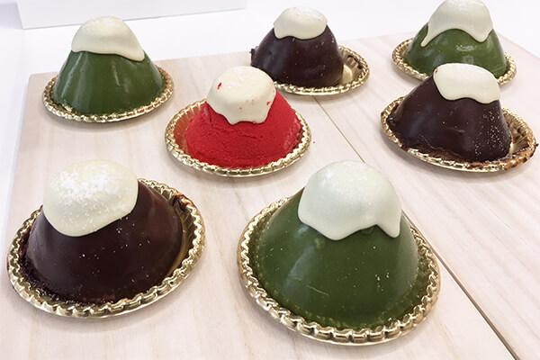 『ケーキハウスショウタニ』の3種の富士山ムース